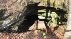 Not a whole lot to do in Red Bay, but you can check out parts of the Natchez Trace nearby. Here we found Cave Spring which used to be a water source for the Indians.