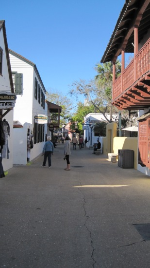 It almost felt like the French Quarter in Naw'lins, walking around downtown St. Augustine.