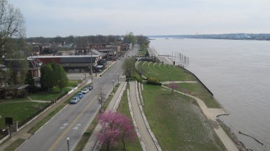 A look along the Ohio River from the bridge.