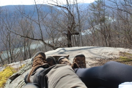 Gee, another rest. Looking down on the Tennessee River from Snooper's Rock.