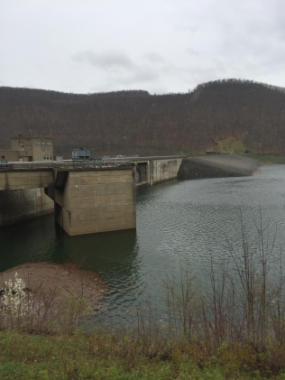 The upstream side of Kinzua Dam on the Allegheny River.