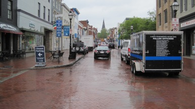 Downtown old town Annapolis, traffic, in the rain. YUK!