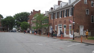 The historic downtown area gets blocked off to traffic while characters in period costume wander around as part of the tour, similar to that done in Williamsburg, VA, but on a smaller scale.