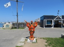 OK, I can get in on the fun too! Do you think they like lobsters around here? These little statues are all over the town of Plymouth.